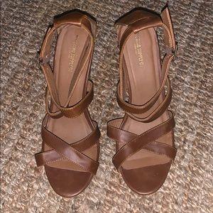 Woman's Brown Heels